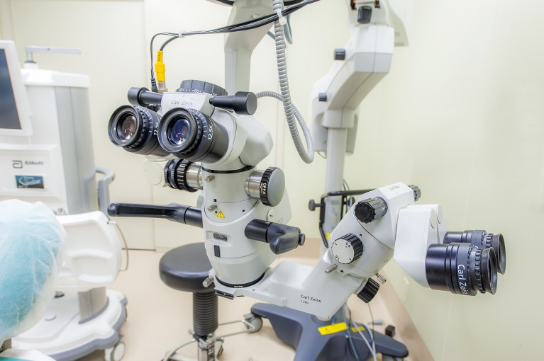 CarlZeiss 手術顕微鏡